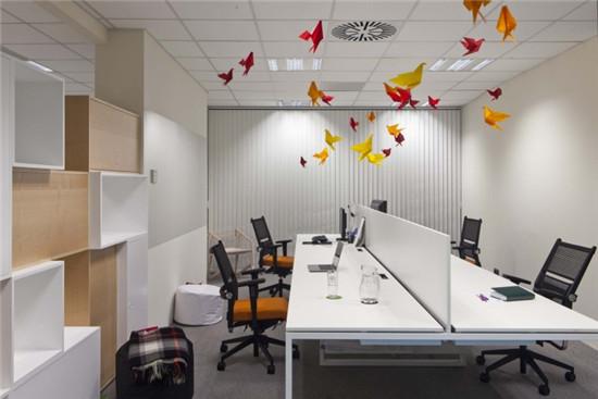 办公室家具时尚的屏风办公桌展示