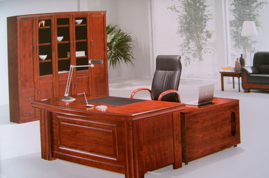 办公室家具大班台与文件柜展示
