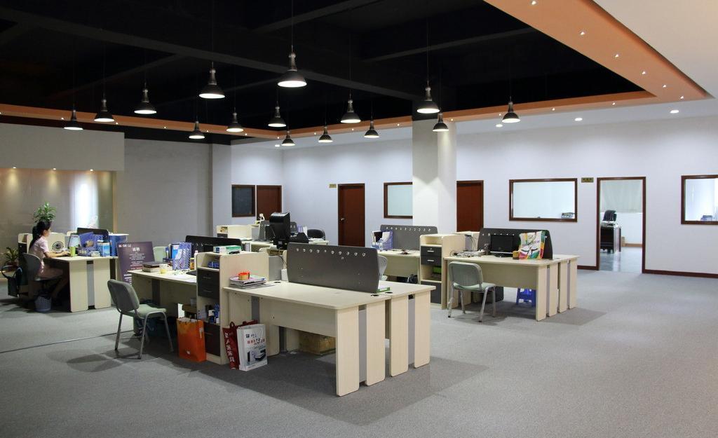 高端办公室家具屏风卡位展示