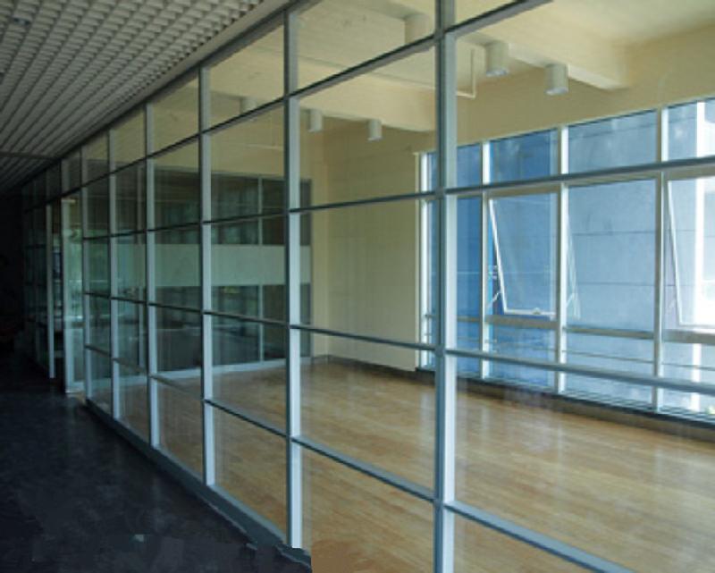 办公家具玻璃高隔断展示