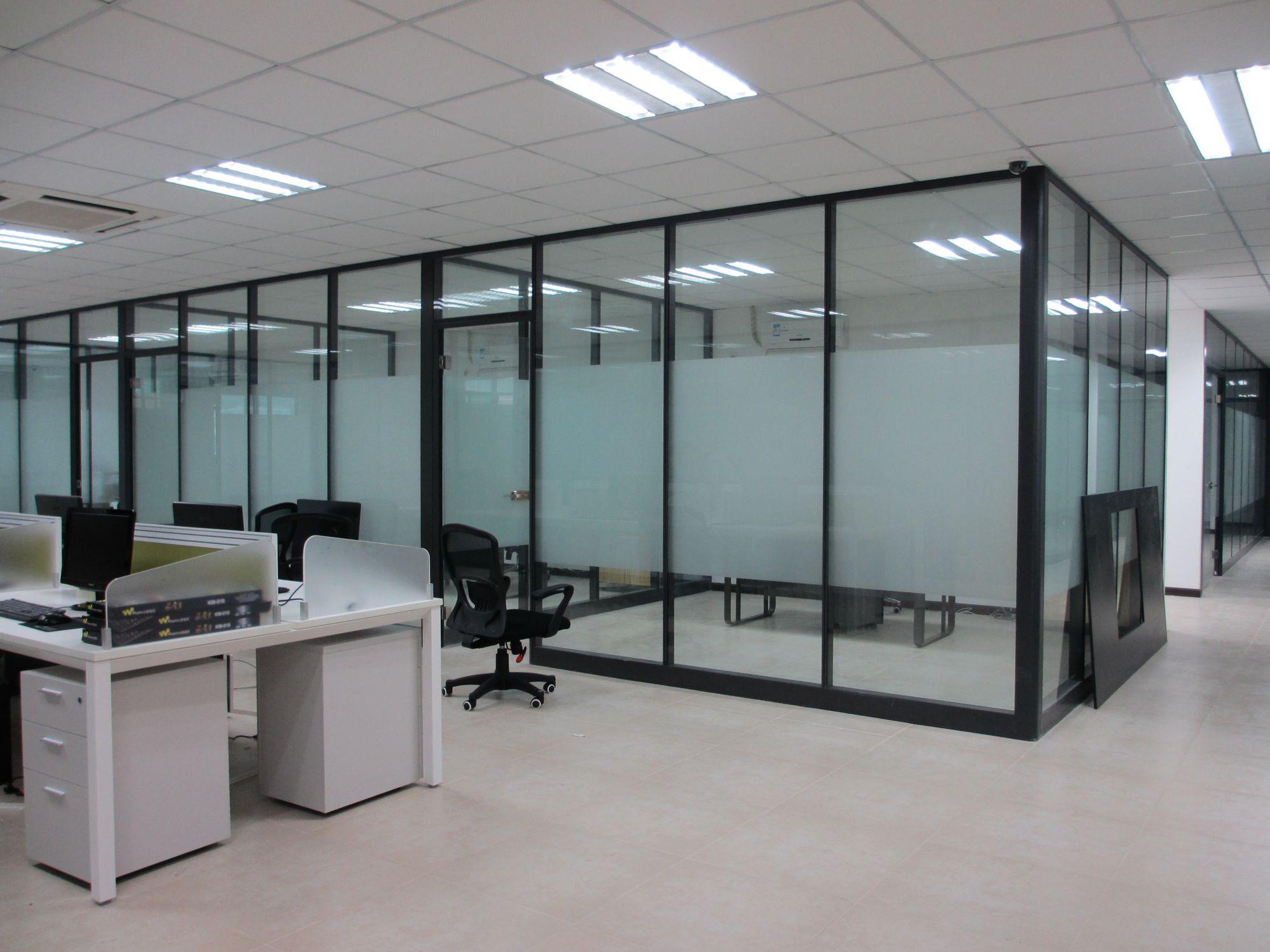 办公室家具高隔断