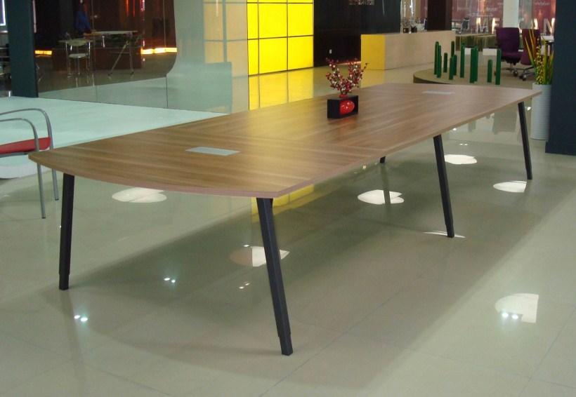 钢脚架板式会议桌