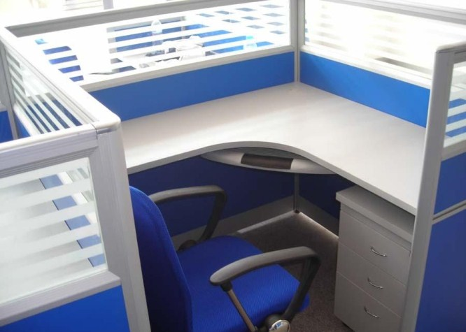 屏风办公桌
